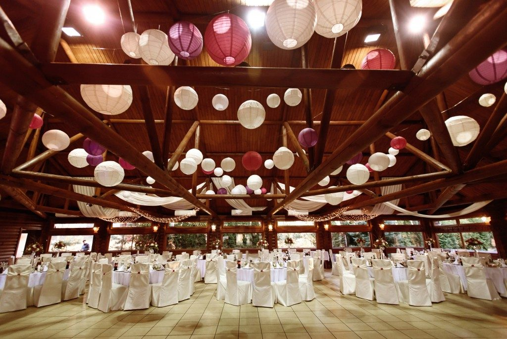 Luxury decorated place ceiling for wedding reception