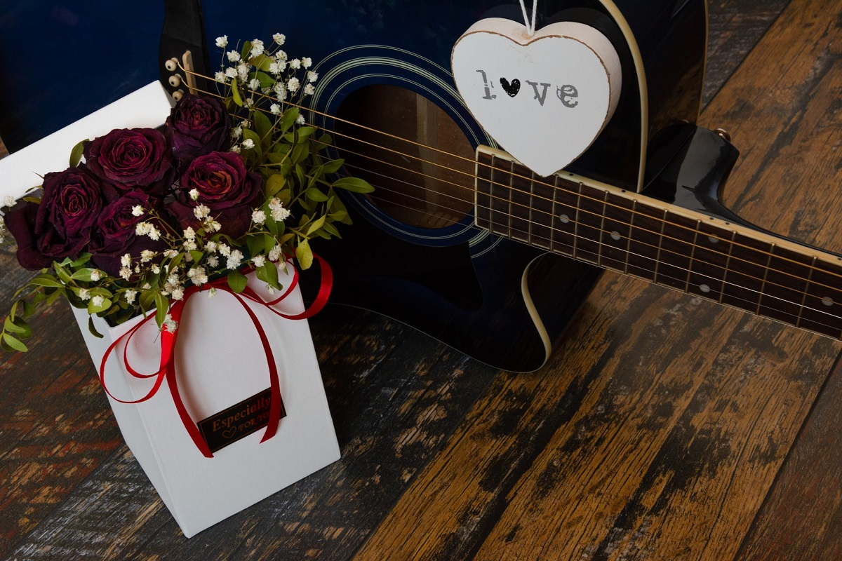 guitar and flowers