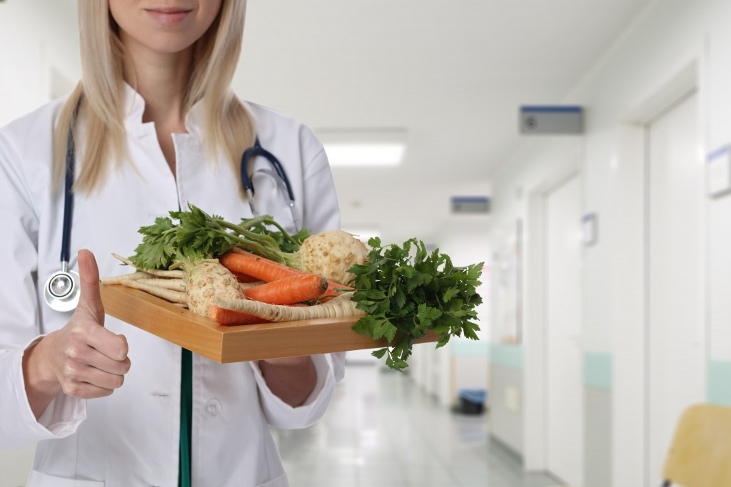 doctor and healthy food recommendations